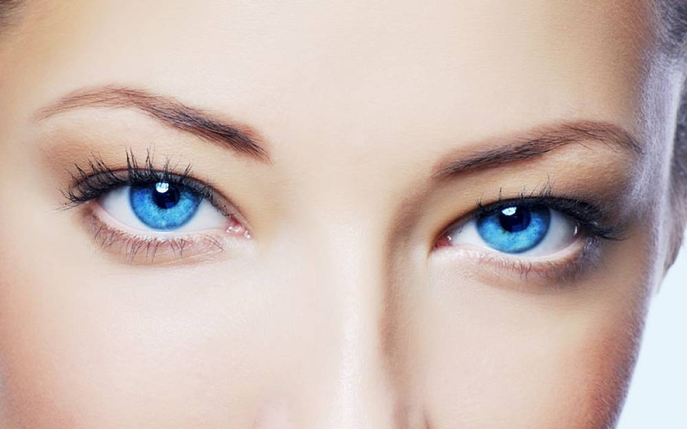 там синий цвет глаз картинки голой керри